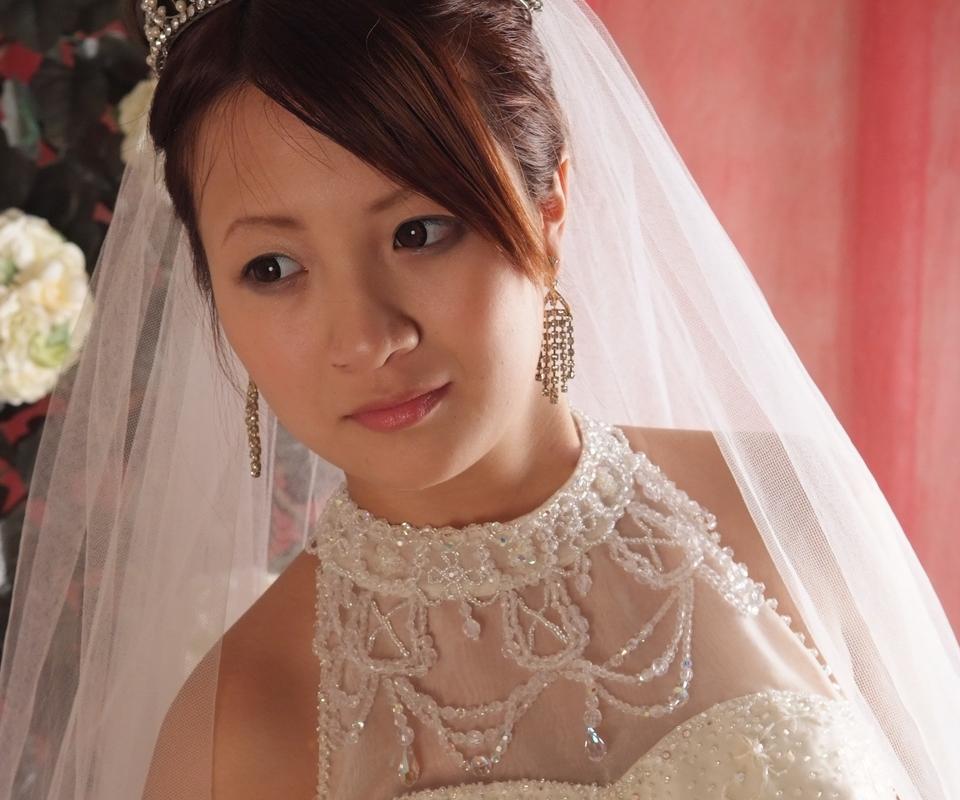 ウェディングドレス結婚写真