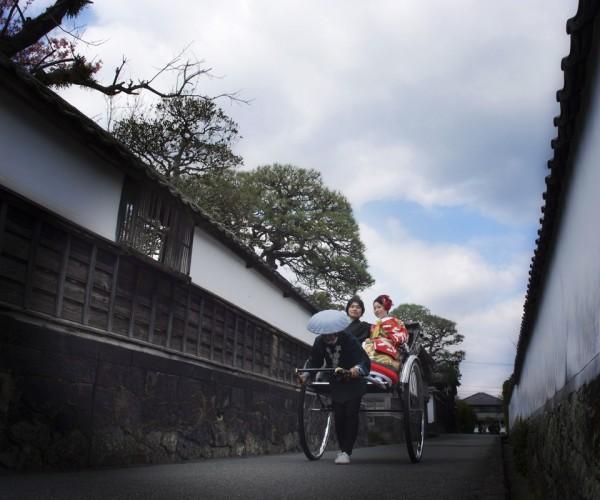 萩江戸や横丁で人力車で結婚写真