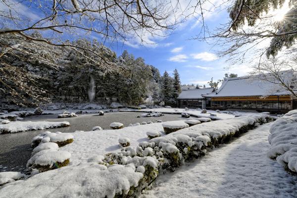 雪の雪舟庭園